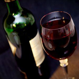 Degustacja wina – jak wygląda w praktyce? Sprawdźmy!