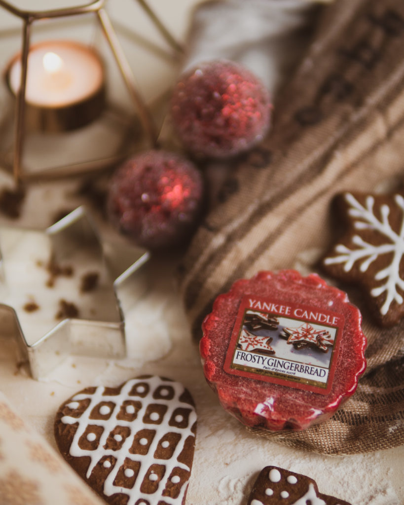 wosk-yankee-candle-frosty-gingerbread