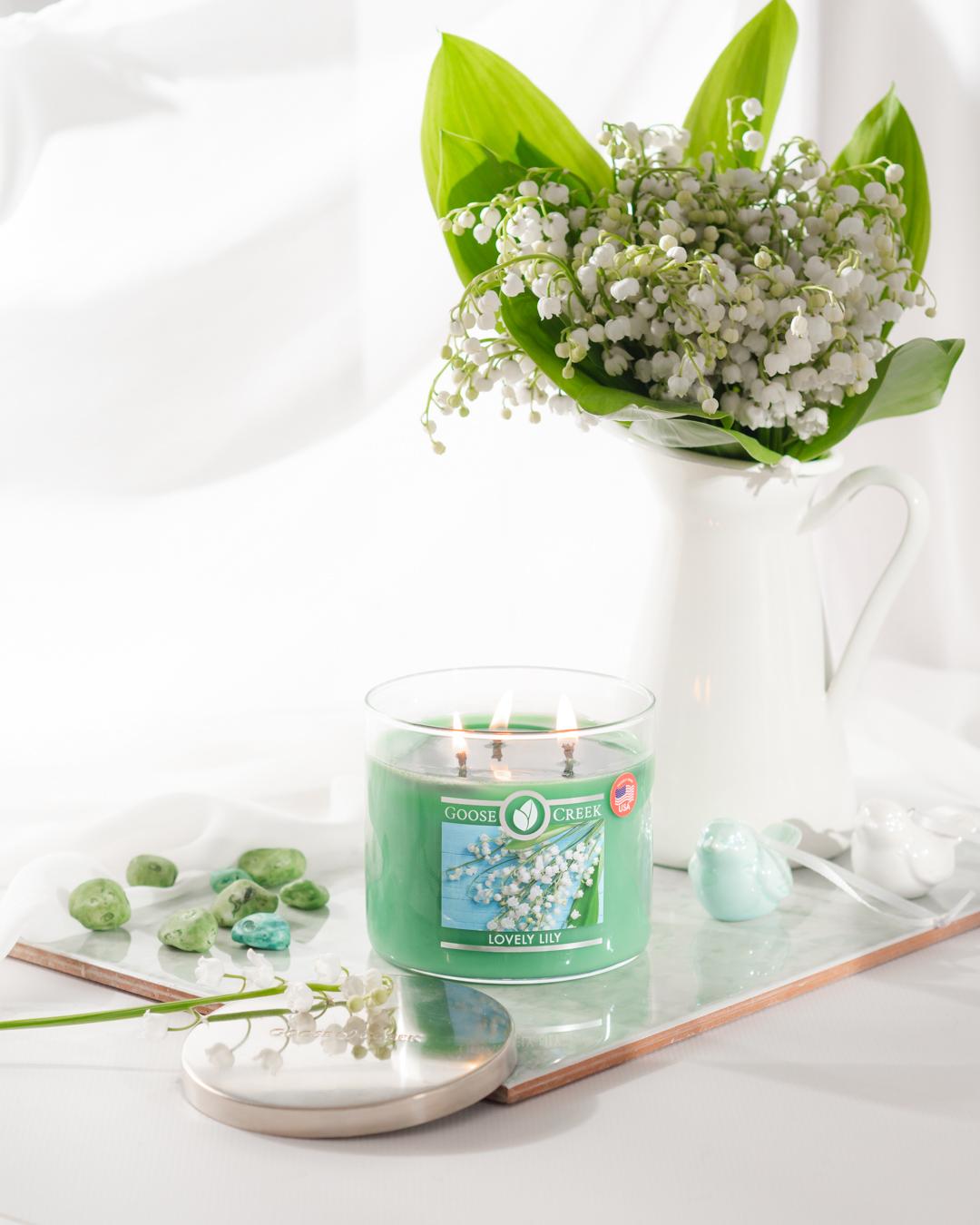 świeca zapachowa lovely lily z konwaliami